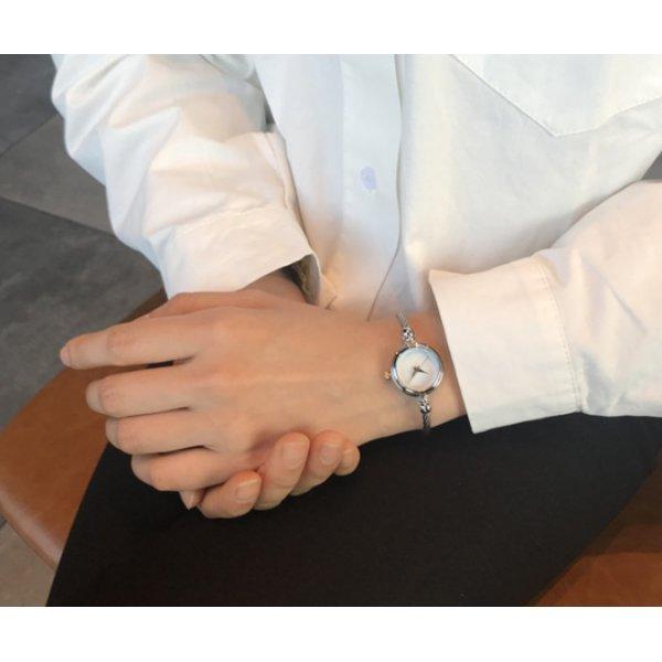 Часы HR белые 2679