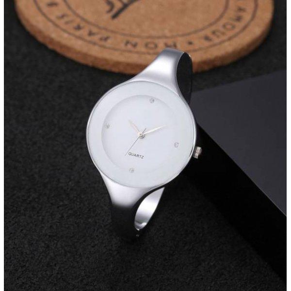 Часы GEEK белые 2721