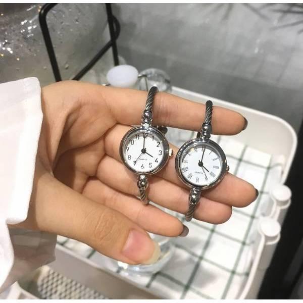 Часы HR белые 2827