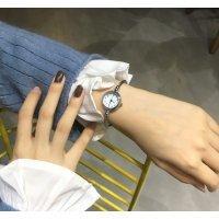 Часы HR белые