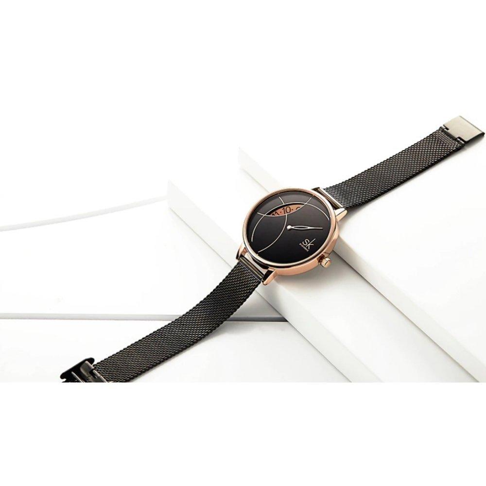 Женские Часы наручные SK черные 3106