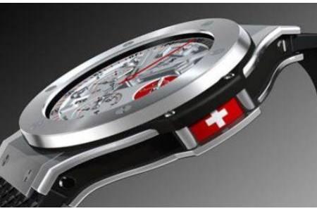 Какие бренды наручных часов надежнее: японские или швейцарские?